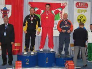 Andrei I. Ivanetz.El campeón del mundo en powerlifting