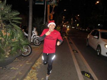 Nos Preparamos para la Maratón de Barcelona! Feliz Navidad